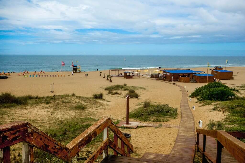 Feriados em Punta del Este em 2020: Playa Bikini em dezembro