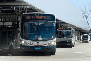 Como ir de Punta del Este a Montevidéu: ônibus