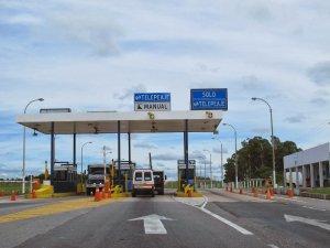 Viagem de carro de Montevidéu a Colonia del Sacramento: estrada