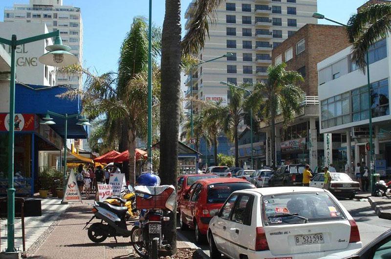 Avenida Gorlero em Punta del Este: ruas