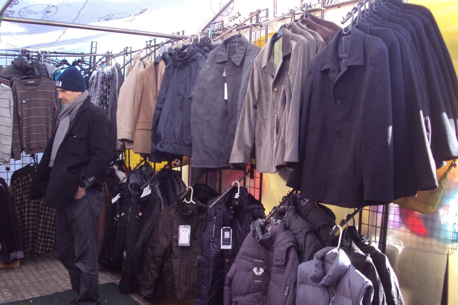 Feiras em Montevidéu: roupas