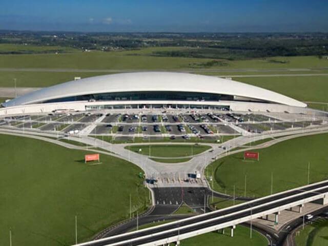 Tempo de avião até Montevidéu: Aeroporto Internacional de Carrasco