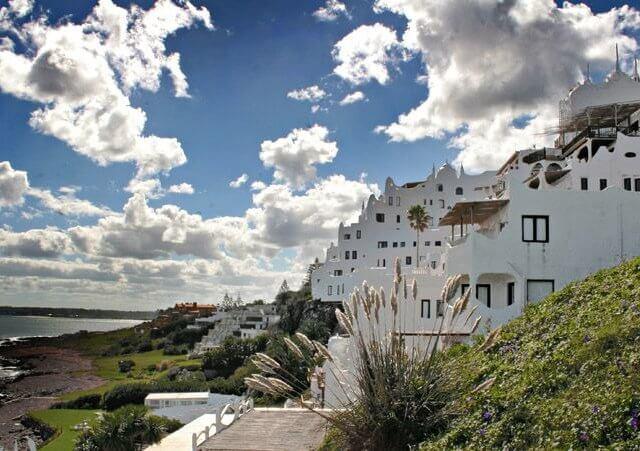 Cidades turísticas do Uruguai: Casapueblo - Punta del Este