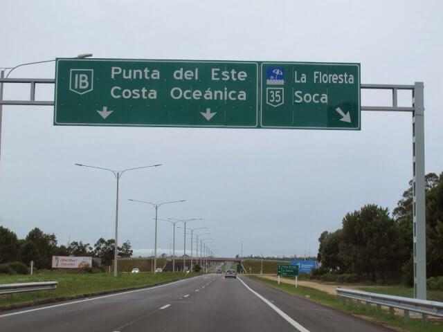 Viagem de carro de Punta del Este a La Barra