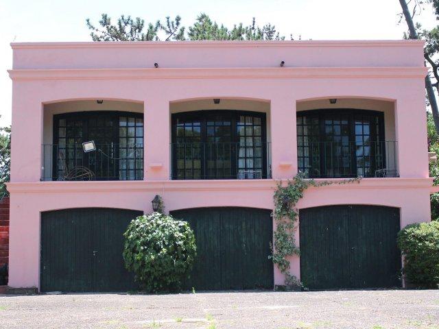 Museo Azotea de Ahedo em Punta del Este
