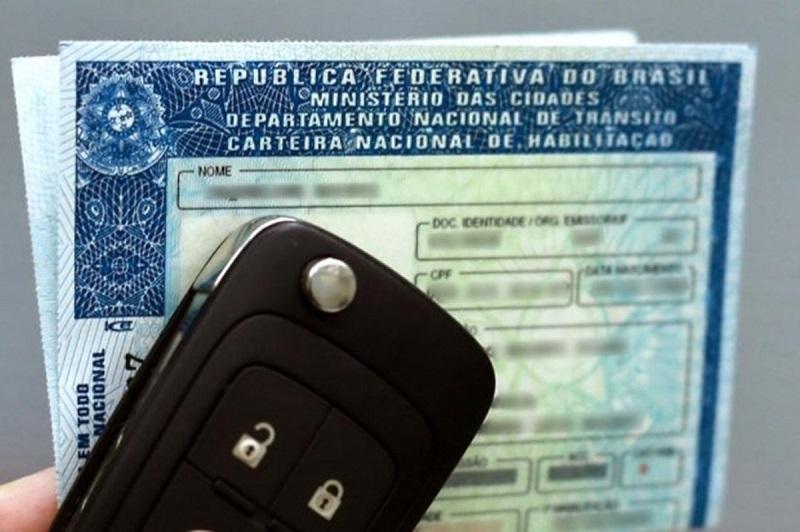 Carteira de motorista para viajar para Montevidéu