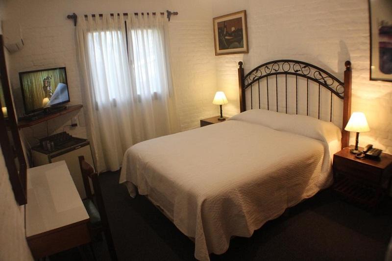 Quarto do Hotel Camelot em Punta del Este
