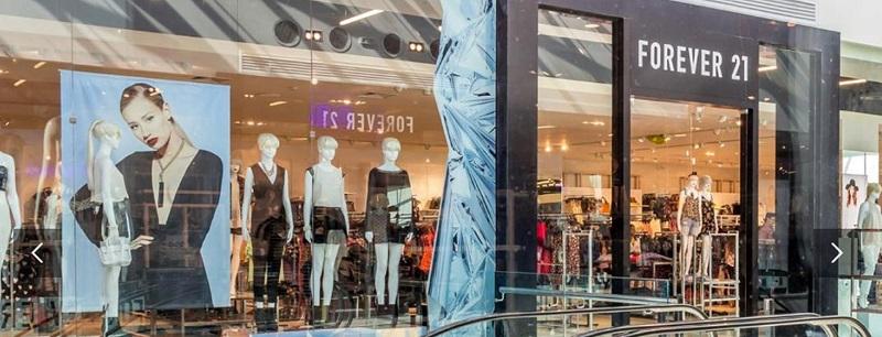 Comprar roupas no Montevideo Shopping: Forever 21