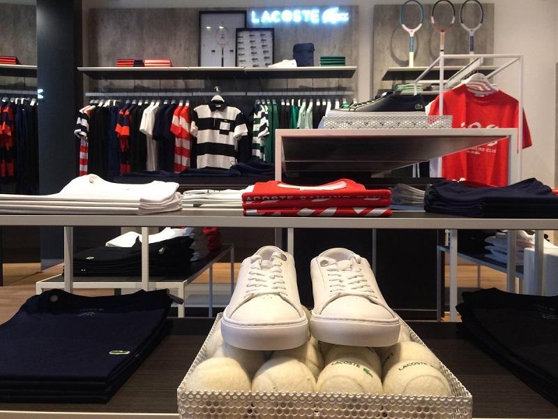 Comprar roupas no Punta Carretas Shopping: Lacoste
